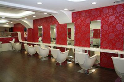 Realizirani saloni oprema za frizerske in kozmeti ne for Vezzosi arredamenti parrucchieri